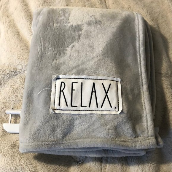 """Rae Dunn Plush Throw with Patch """"Relax"""""""